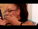 Emma Butt - Латексная королева ласкает себя (mature, MILF, BBW, мамки порно со зрелыми женщинами)(hotmoms_18plus)