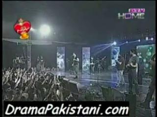 Atif Aslam - Swabla Mori Jidri Hoyi Udaas Re- Merhi Kahani-Man Kunto Maula Medley in Expo Center in Lahore