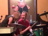 Группа Газовый Сектор 30 лет Саша Якушев за барабанами в зале находится Татьяна Фатеева ЕЕЕЕЕЕЕЕЕЕЕЕЕ
