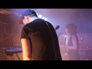▶ [live] CHVRCHES - The Mother We Share Live (2013) HD-720