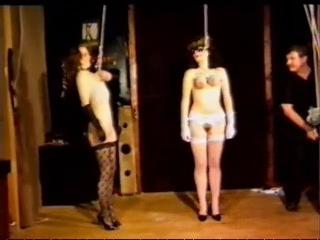podveshivanie-zhenshin-za-grudi-na-video-porno-arabskiy-garem