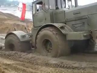K-700 военный тягач