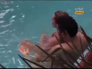 секас в бассейне