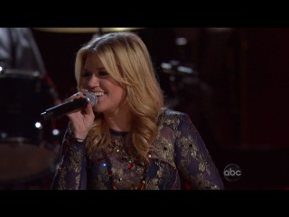 Kelly Clarkson ft. Vince Gill - Don't Rush - Live @ CMA Awards 2012