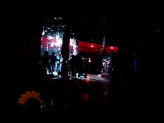 dj mauser in night club 001