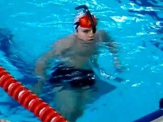 Скоростное подводное плавание в ластах
