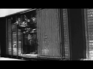 Фильм о ветеранах Второй Мировой войны.