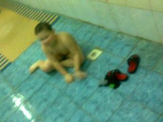 иего сиськи в купальнике онлайн