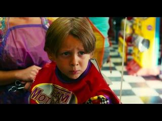 Зохан в детской парикмахерской
