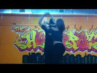 Carlos Ramirez \ Bailando un poquito de casino en el estudio
