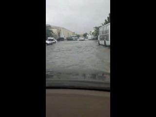 Navodnenie v Sharje.