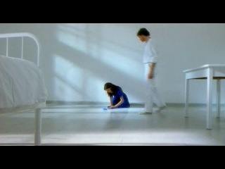 Dolphins / Дельфины (1999) Джулия Брендлер (Julia Brendler)