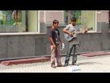 соль в том ,что румынские цыгане в Украине поют песню корейца на русском языке