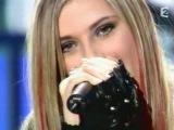 Emma Daumas - Tu Seras (Live @ Top Of The Pops - France 2 - 21.02.2004).avi