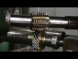 Фрезерование червячной фрезой косозубое зубчатое колесо