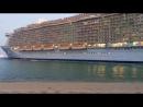 """""""Allure of the Seas"""" («Очарование морей») - самый большой круизный лайнер в мире."""