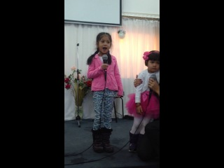 Lil Anju Matthew sings this song for her Dad