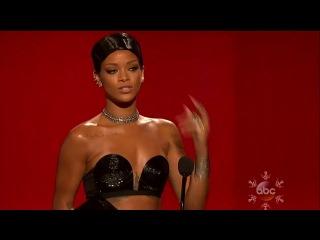 Рианна победила в номинации «Best R&B/Soul Female Artist» на American Music Awards 2013