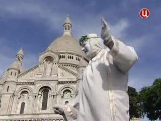 Спустя 200 лет донские казаки снова вошли в Париж.