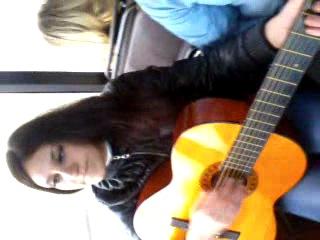 песни под гитару,задурили людям мозг