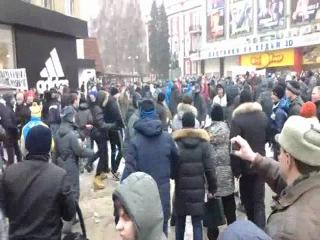 Драка гей-активистов и их противников в Воронеже