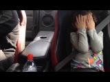 Эмоции девочки во время поездки на заряженном Nissan GT-R