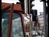 На перекрёстке пр. Ильича - ул. Чкалова меняют светофоры.
