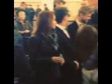 )) мы пели танцевали раздавали подарки))) я так от души давно не смеялась))) лица людей меня просто шокировали)) точнее они были шокированы а мне смешно))) я начинаю любить @muztv )))))??