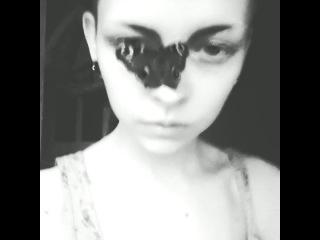 Яна Крюкова и бабочка
