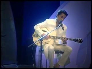 Mujhe Tum Nazar Sai - Ali Zafar, tribute to Mehdi Hassan