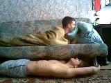Розыгрыш пьяного спящего чувака