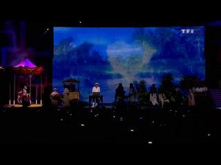 Les Enfoires - La boite а musique 2013. Субтитры