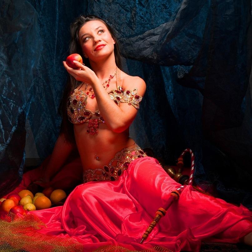 Видео самая искусная восточная танцовщица