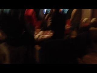 Гимн России в спорт-баре Торнадо в Коньково перед боем Кличко-Поветкин