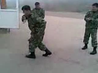 Чеченская лезгинка по-современному (Батальон