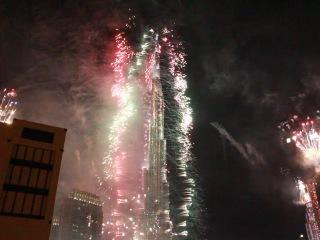 Дубайский салют на Новый Год 2013-2014 у Бурдж Халифы Canon 650d 18-135 IS STM с штатива