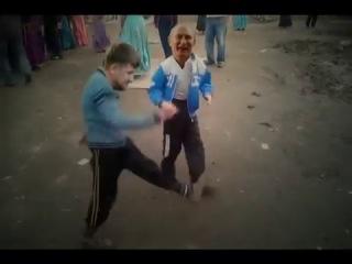 путин рамзан и медведев танцуют лезгинку