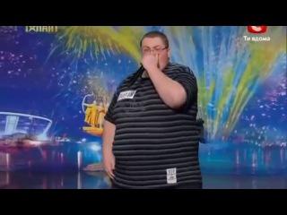 Украина мае талант 5!Парень Big Brother взорвал зал своим пик-боксом