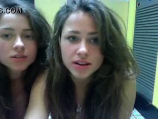 две сестры-полячки в видеочате