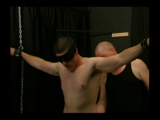 [torsion video] trapped 'n' trained