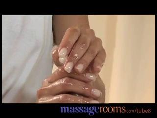 Секс на массаже