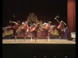 наш танец с девочками село. Озёрки.Ульяновская область.