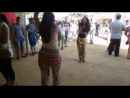 испанки танцуют на ферии в Хересе!)