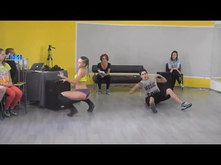 The best SEXY hot ass dance )) Самый сексуальный вибро танец попой (+18)