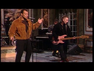 Fine Young Cannibals - She Drives Me Crazy (Saturday Night Live)/ страница
