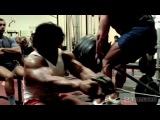Арнольд смотрит фильм «Качая железо» | Видео №2