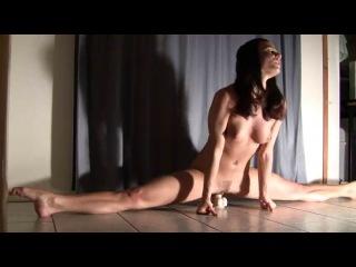 смотреть онлайн порно с гимнастками