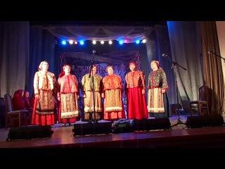 Фольклорный ансамбль из Мышланки в части финала фестиваля СИБИРСКАЯ ГЛУБИНКА  2013 года.