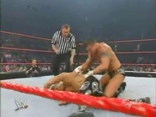 (WWEWM) WWE Monday Night RAW 10.11.2003 - Shawn Michaels vs. Randy Orton