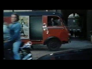 Паоло Барка – учитель начальной школы, практикующий нудизм (1975)